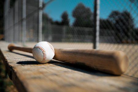 Baseball Bat und Ball